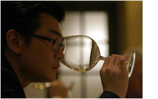 L'escroc du vin condamné