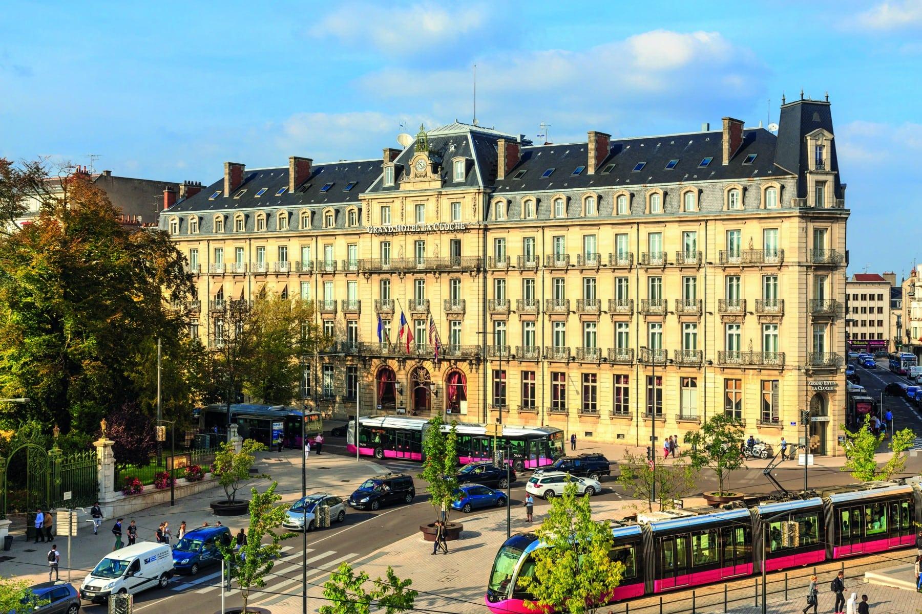 La métamorphose du Grand Hôtel La Cloche