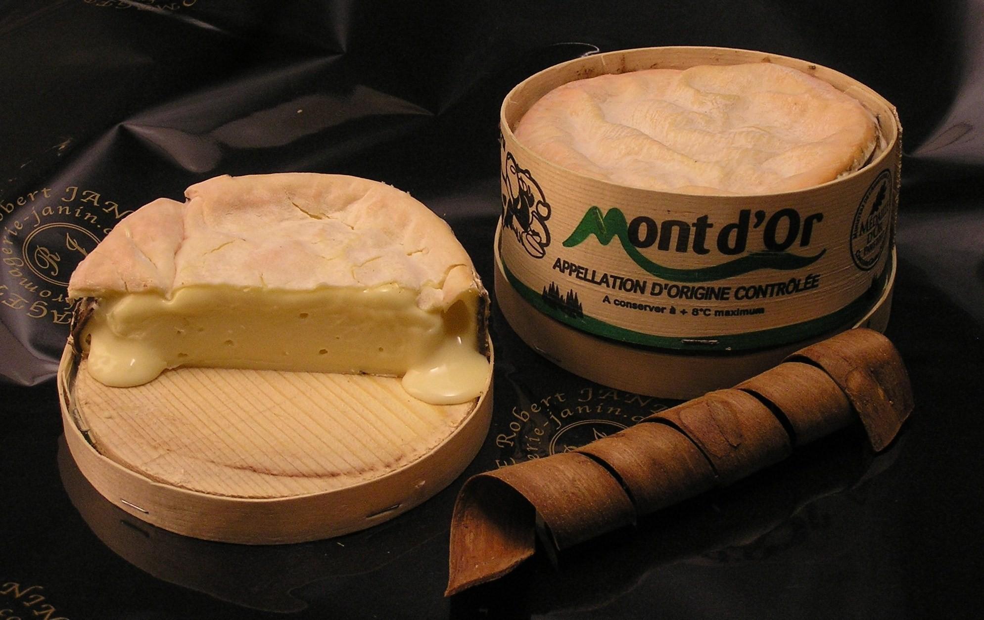 Avec le Mont d'Or, bourgogne ou jura?