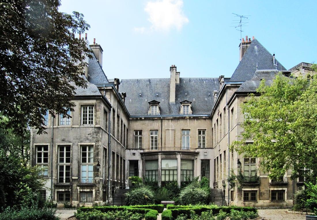 L'Esterno, un hôtel dijonnais très particulier pour monsieur le président
