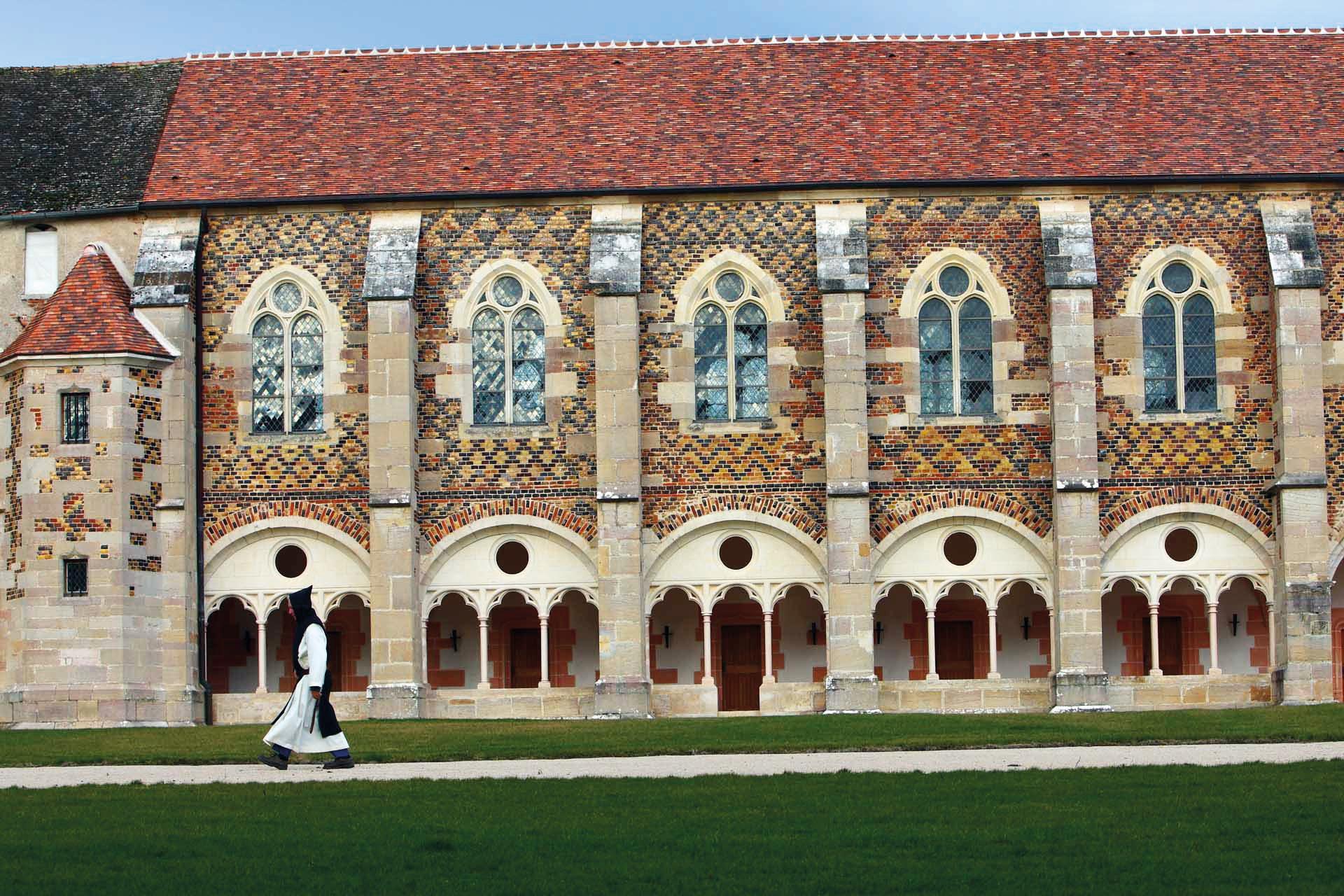 Abbaye de Cîteaux : une expo pour découvrir le berceau des premiers parlementaires