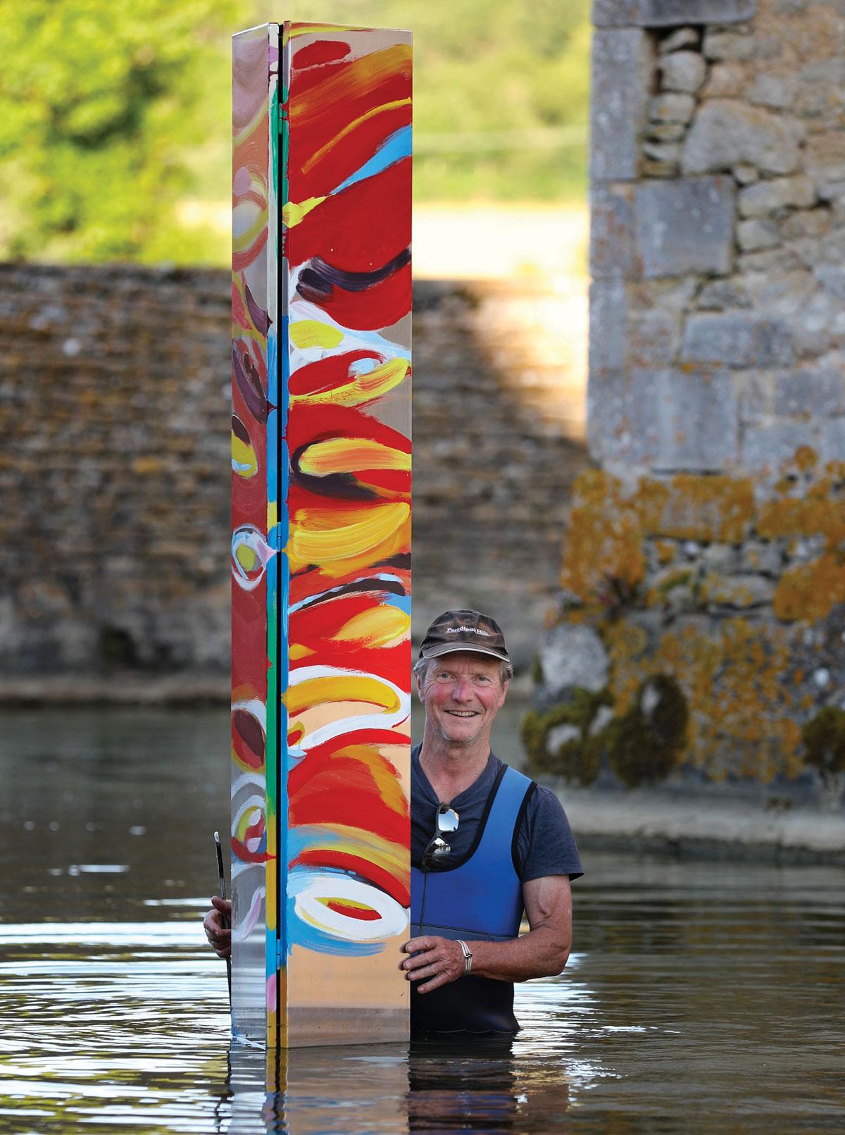 Kevin Pearsh, l'artiste australien qui ramène le Gange au château de Commarin