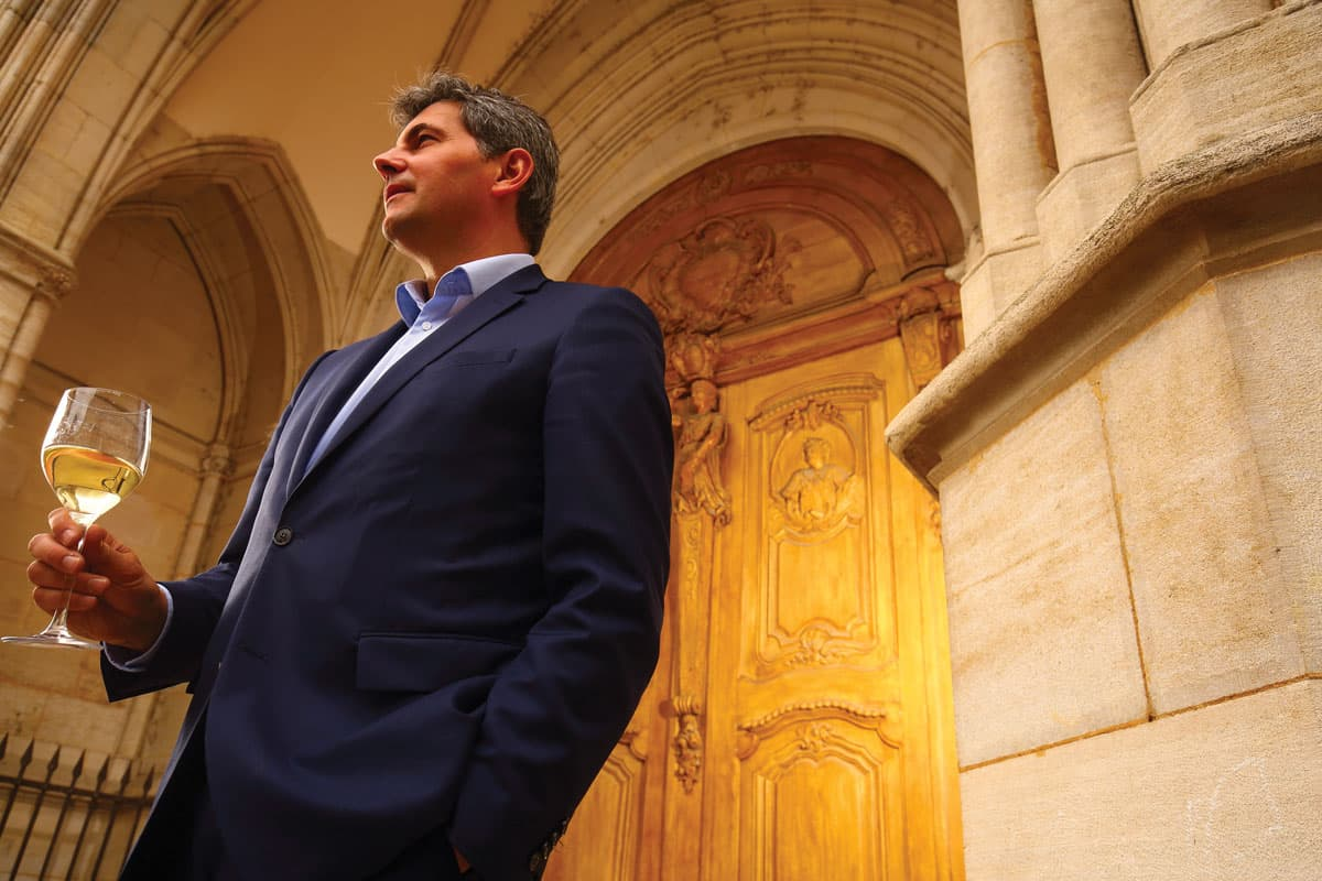 Gilles Platret, maire de Chalon-sur-Saône : «Venez trempez vos pieds dans l'eau!»