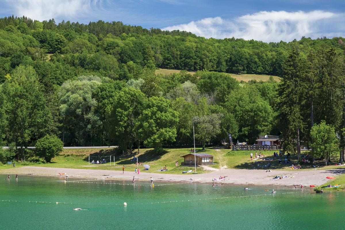 Lac de Grosbois: plutôt baignade, pêche ou les deux ?