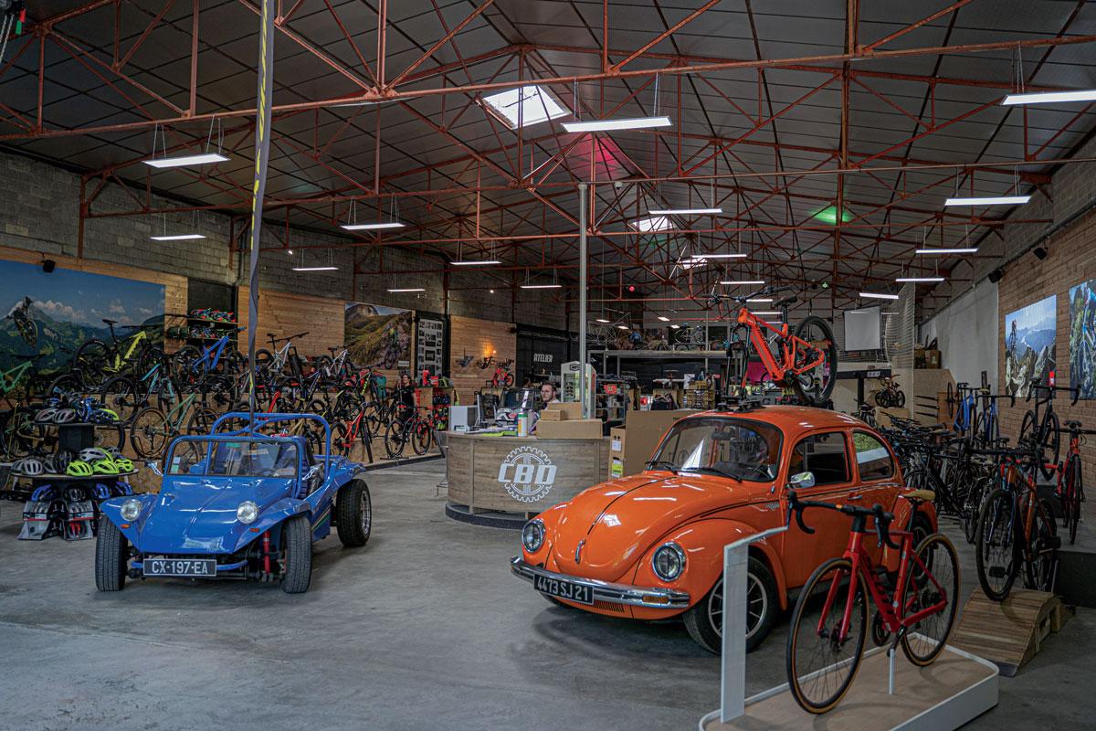 Tous en selle grâce au concept store Chris Bike Dijon