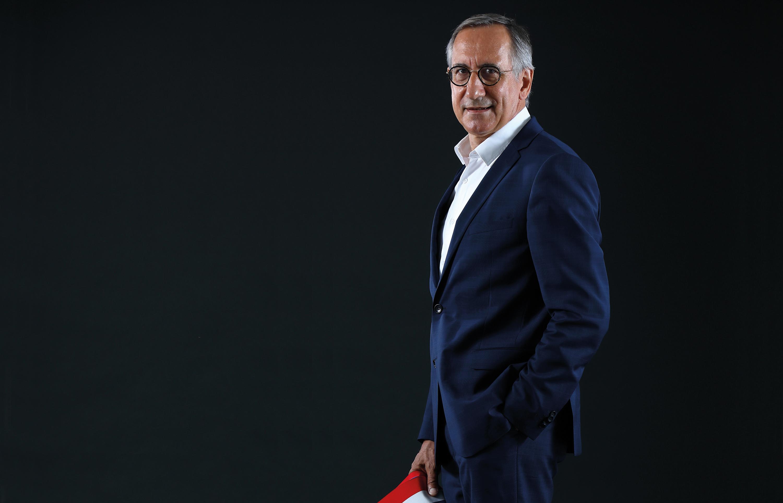 Face au maire #1 : Jean-François Dodet, maire-médecin de Saint-Apollinaire