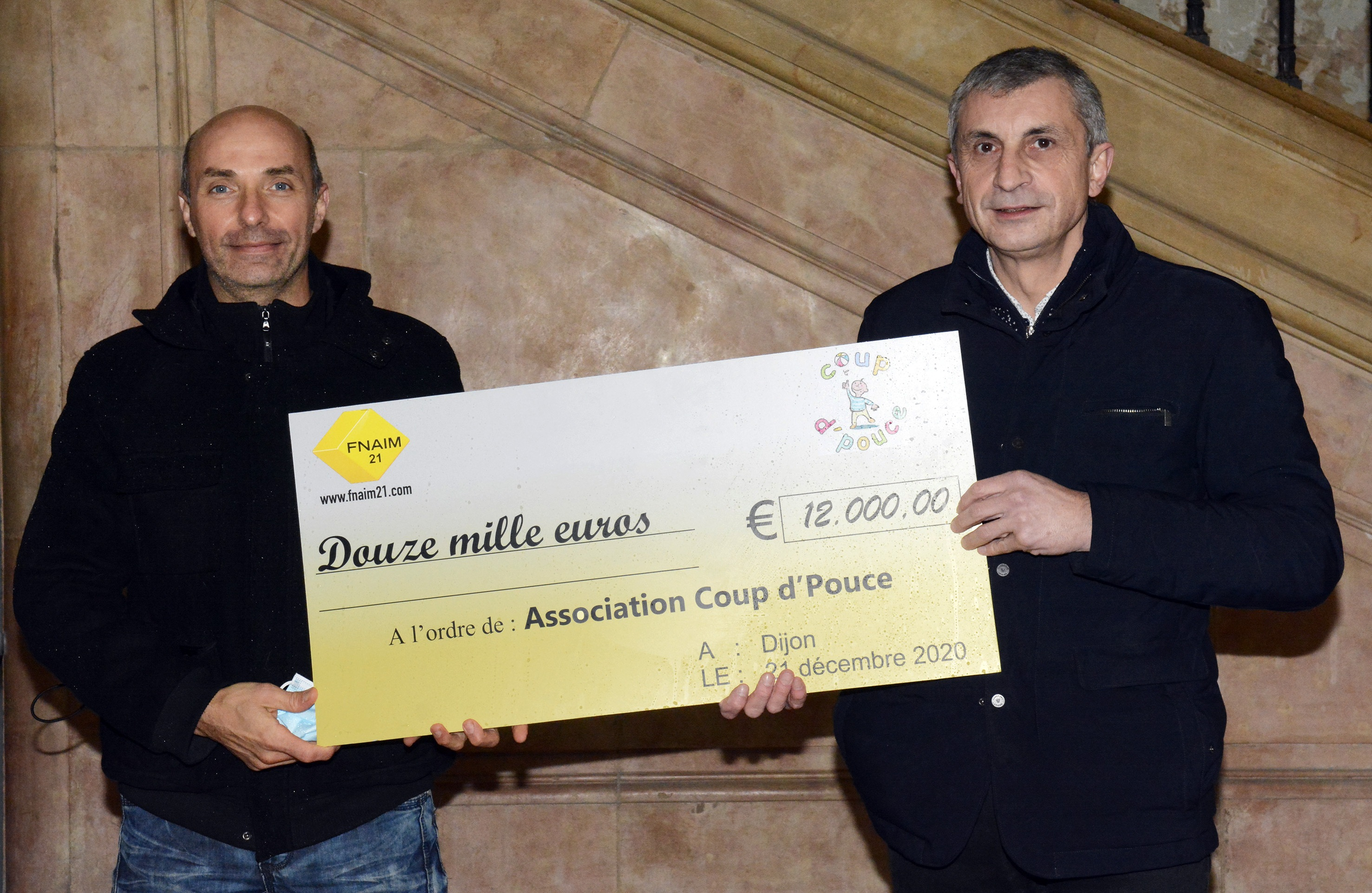 12 000 euros de dons : joli Coup d'Pouce de la FNAIM 21