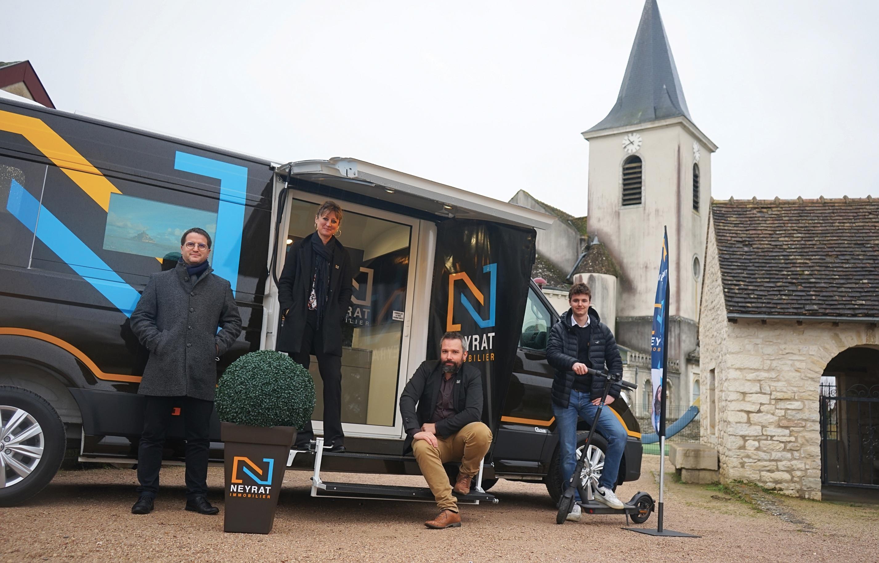 Avec son camion mobile, Neyrat Immobilier devient l'agence des clochers