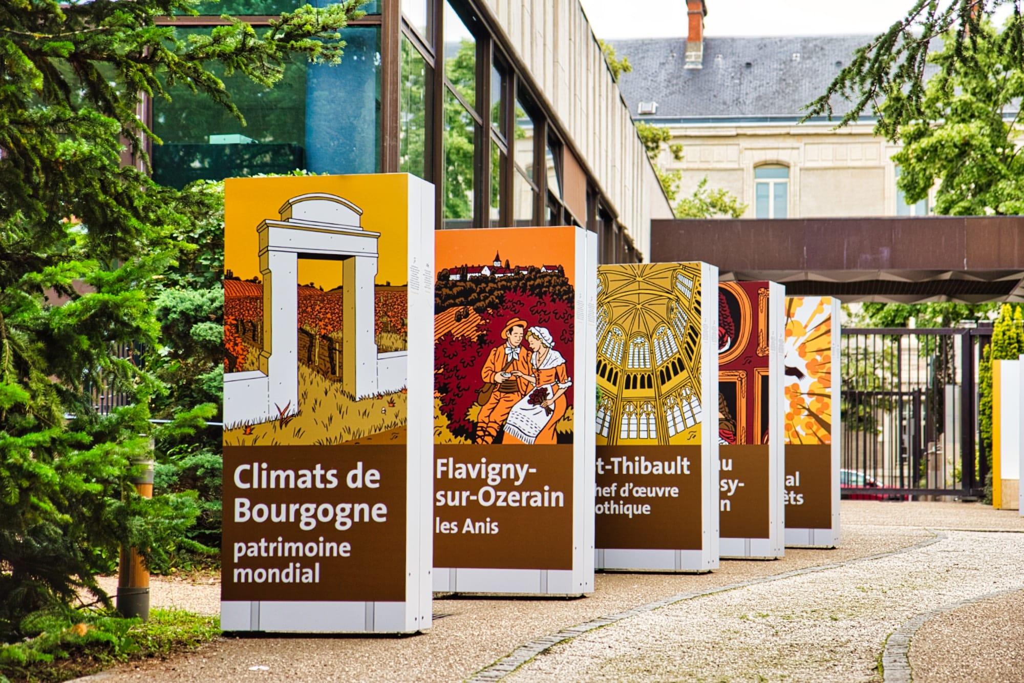 Une galerie d'art autoroutier dans les jardins du Département de Côte-d'Or