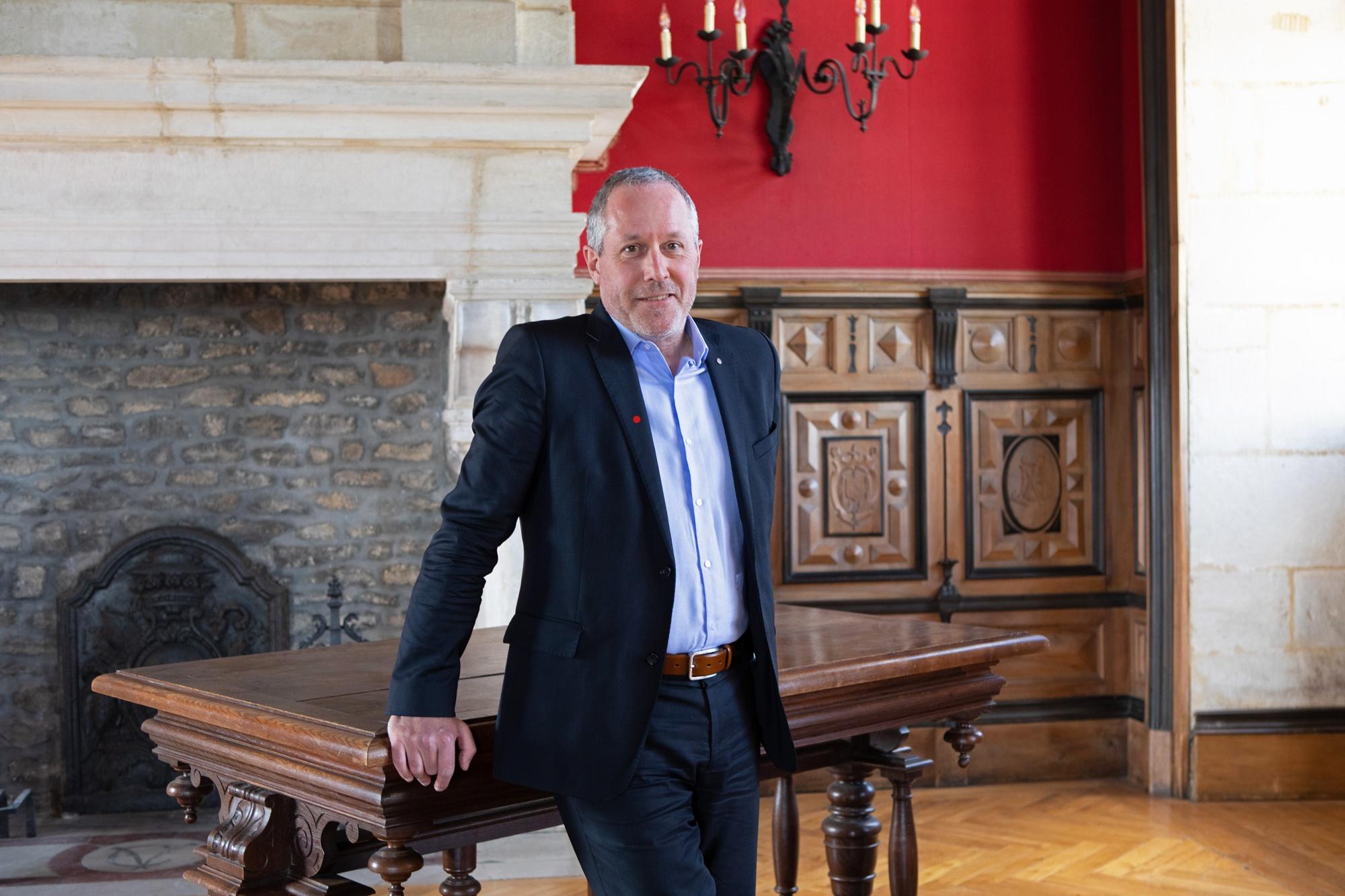Le directeur du château du Clos de Vougeot publie son dictionnaire insolite « Le Petit Fussner »