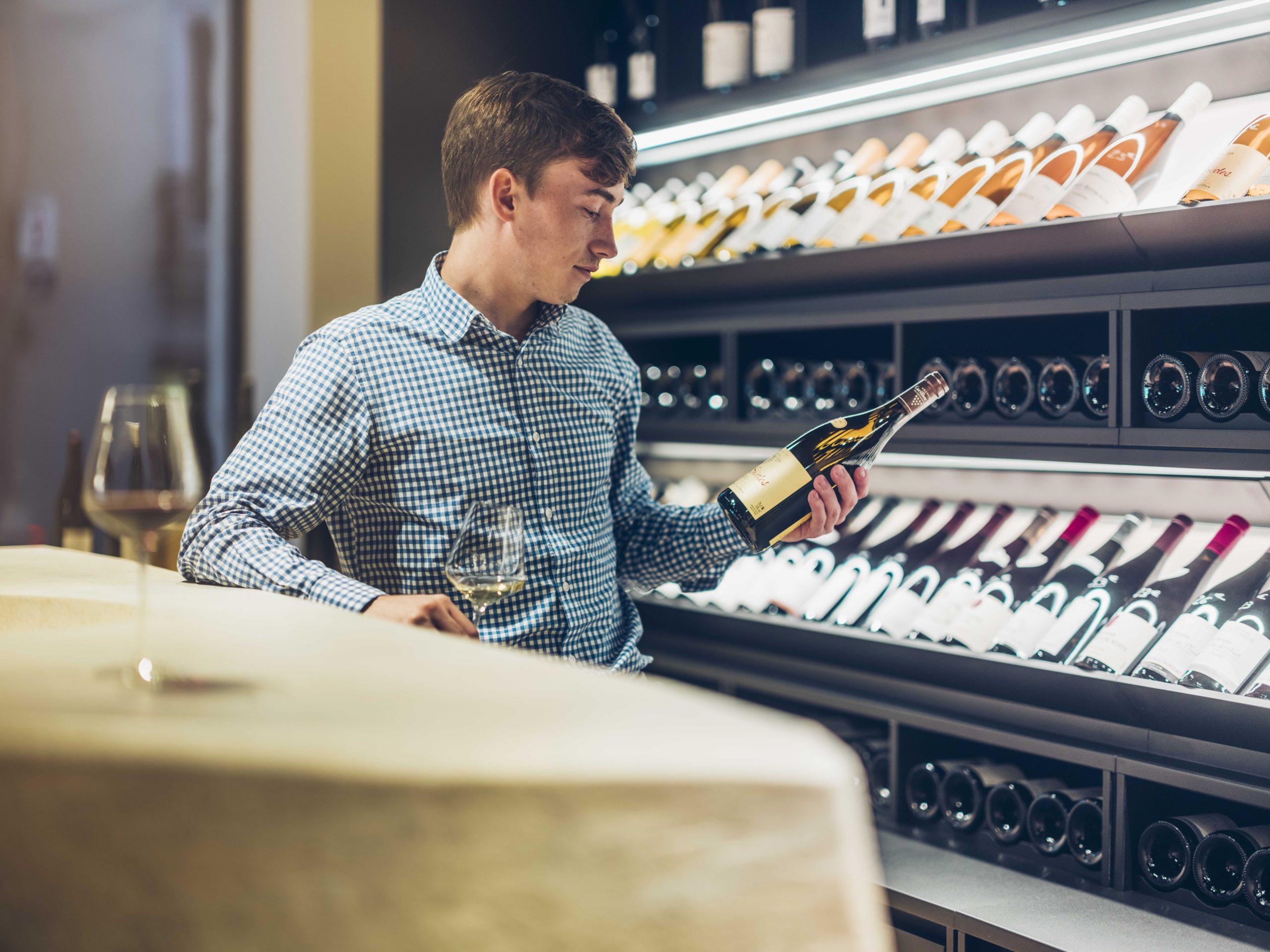 Avec sa nouvelle boutique, La Cloche reçoit 20 sur vin